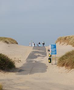 Entrance beach Donkere Duinen