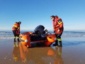 Gemini-GRX420-professionele-strand-redding-rubberboot-c-1030x773